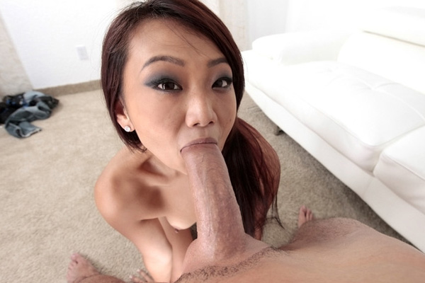 Dick sucked pornstar cums